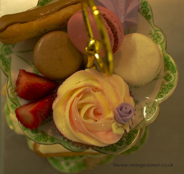 vintage cake stand dorset cream tea