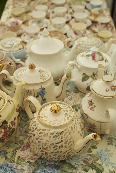 vintage teapots, vintage teacups