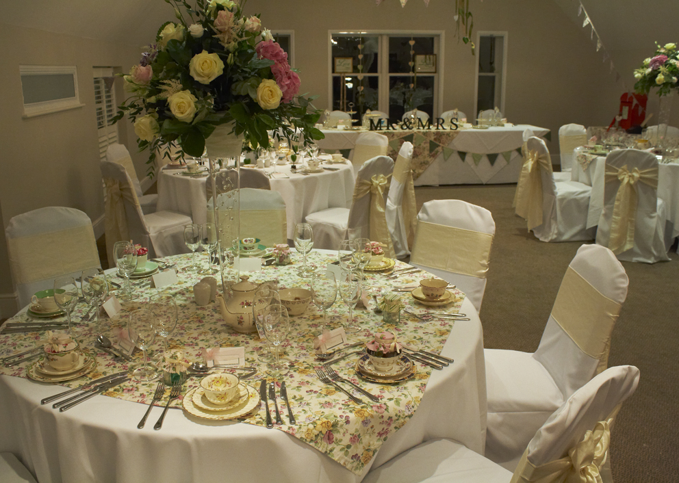 Vintage Dorset wedding styling at the Kings Hotel Christchurch
