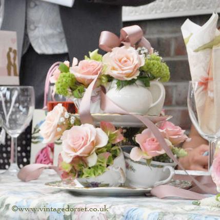Flower cake stand