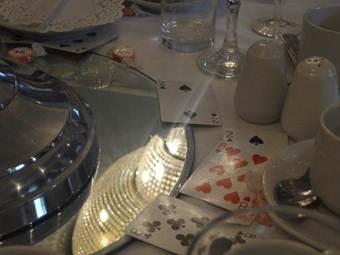 alice in wonderland wedding table