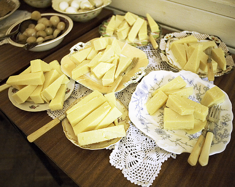 vintage cheese blitz party fare