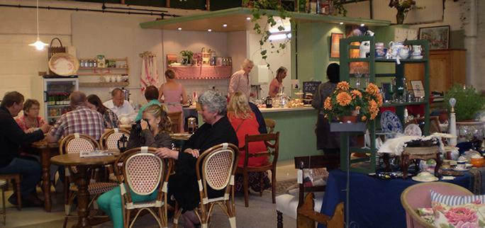 Cafe Antiques Bazaar