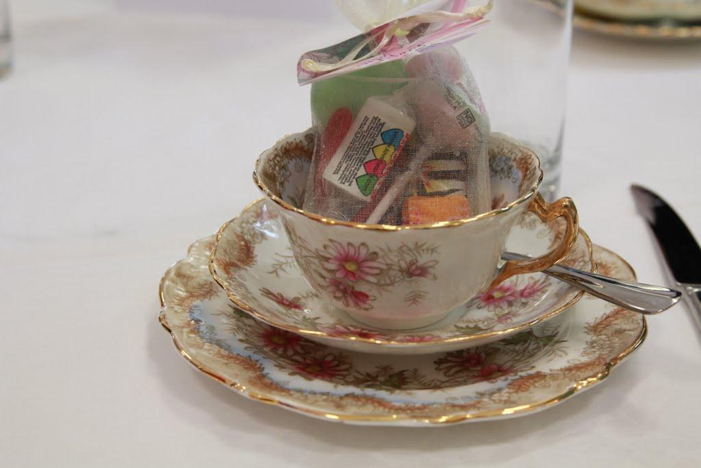 vintage teacup favours