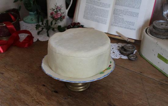 Finished marzpanned cake at Vintage Dorset